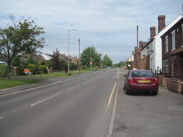 File:B4210 looking NW from The Why Not at Springhill - Geograph - 2446382.jpg