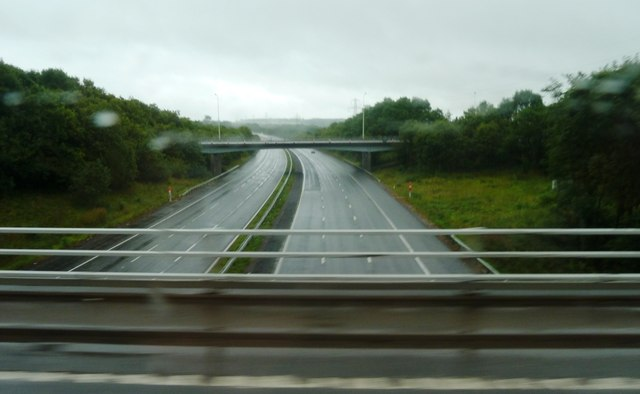 File:M4 at Junction 33 - Geograph - 4138284.jpg