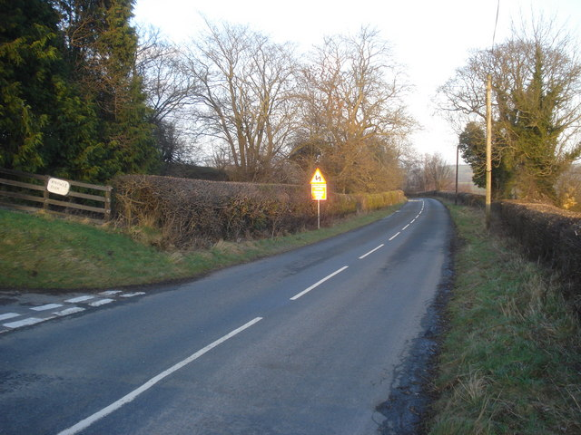 File:B4372 near Knowle Farm - Geograph - 689035.jpg