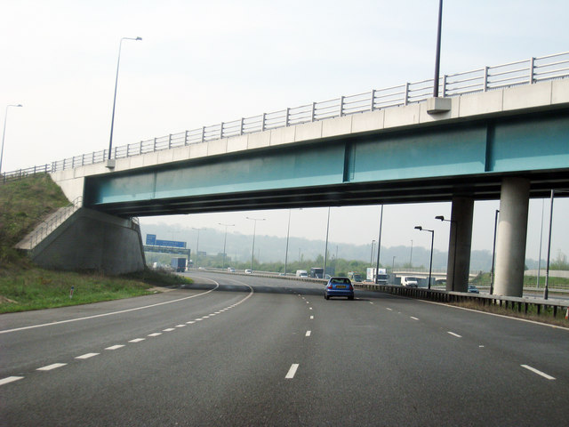 File:Bridge over M2, at junction 1 - Geograph - 1253043.jpg