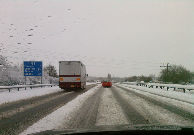 File:Snowy motorway - Coppermine - 17633.jpg