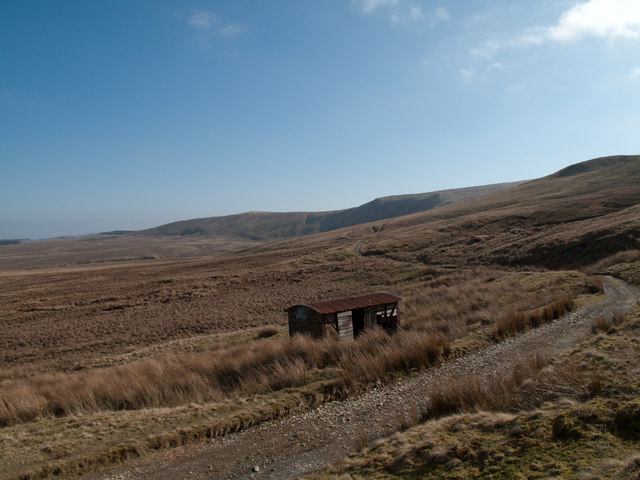File:Old coach road below Clough Head - Geograph - 2299359.jpg