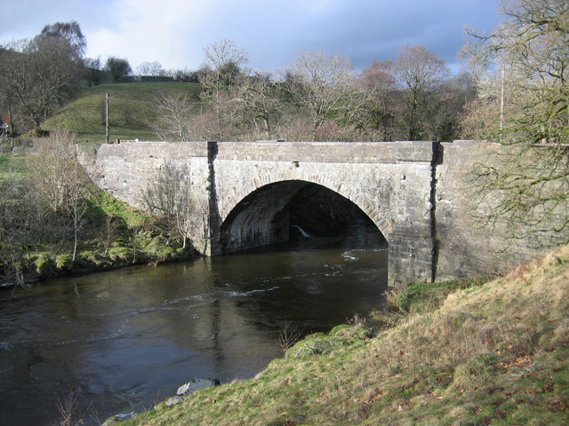 File:Killington New Bridge - Geograph - 1202250.jpg