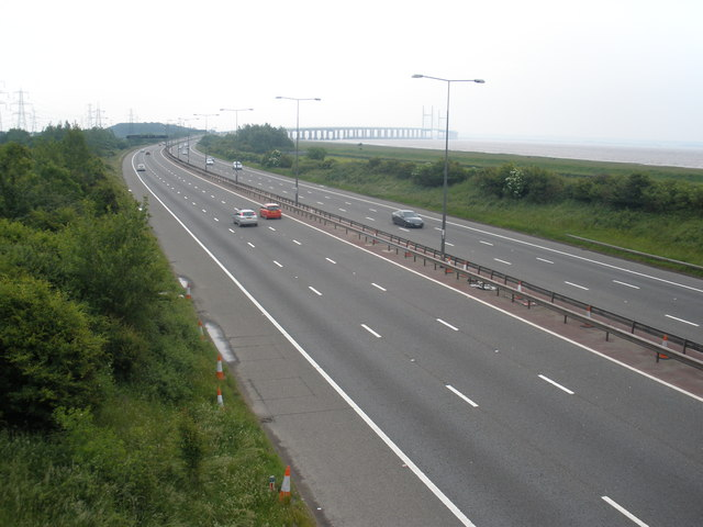 File:The M4 motorway, near Caldicot - Geograph - 1342649.jpg
