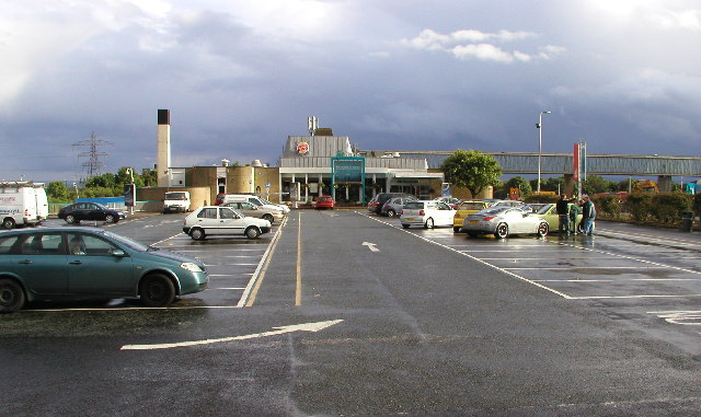 File:Washington Birtley Service Station - Geograph - 18218.jpg