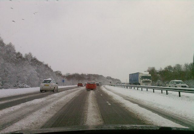 File:Snowy motorway - Coppermine - 17631.jpg