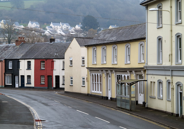File:Houses in Free Street, Brecon (C) Trevor Littlewood - Geograph - 3912874.jpg