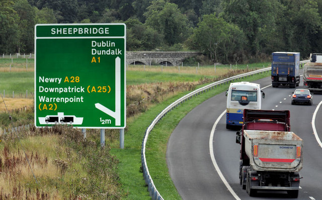 File:Advance direction sign near Newry - Geograph - 2572683.jpg