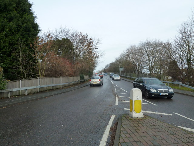 File:Looking up the A259 up towards the A2032 - Geograph - 2185762.jpg