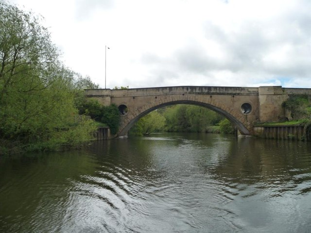 File:New Bridge (No 208) from the north-west - Geograph - 4483747.jpg
