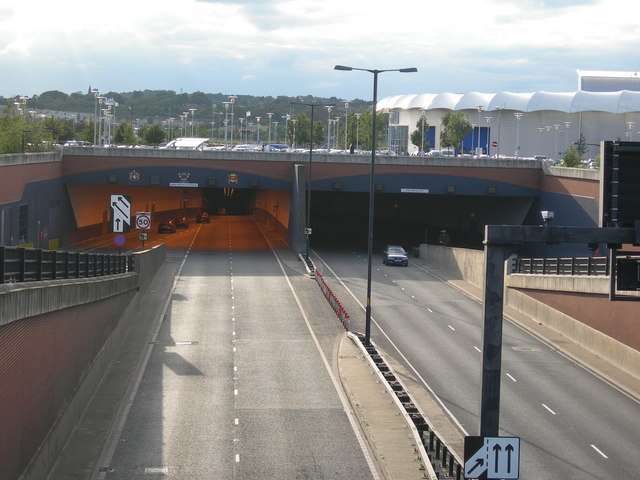 File:Medway Tunnel - Chatham Side - Geograph - 546544.jpg