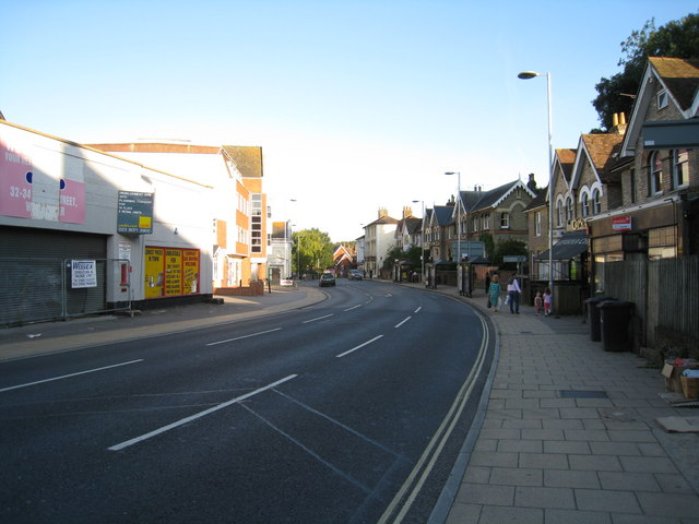File:View along City Road - Winchester - Geograph - 1530442.jpg