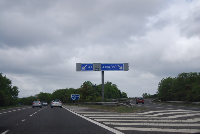 File:Junction 65, A1(M) - Geograph - 2578413.jpg