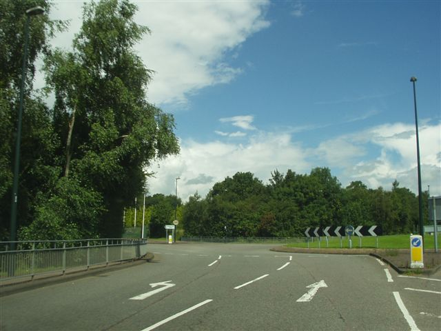 File:B4076 Coundon Wedge Drive Coventry - Coppermine - 14625.jpg