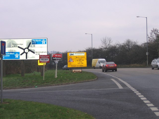 File:A38 Birmingham Road approaching Junction 4 island with M5 Motorway - Geograph - 1106046.jpg