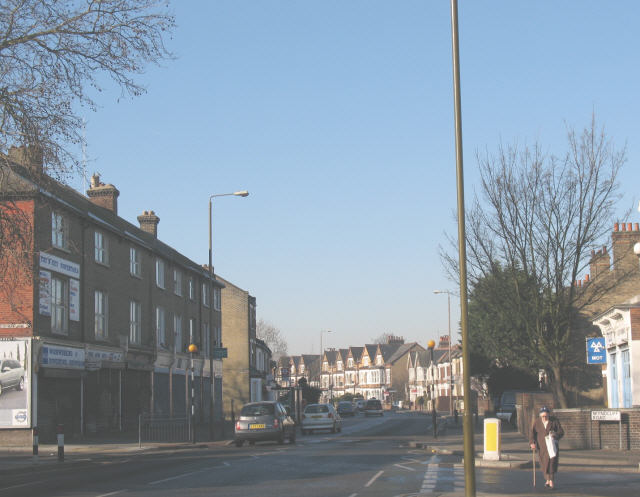 File:Charlton Road (B210), Blackheath - Geograph - 693095.jpg