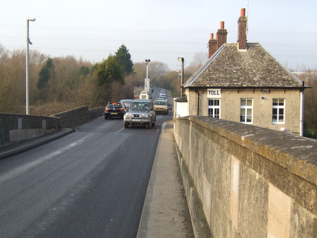 File:Toll station and house on Swinford Bridge - Geograph - 637535.jpg