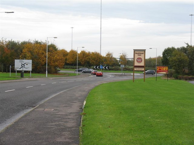 File:Bankhead Roundabout, Glenrothes - Geograph - 1562419.jpg
