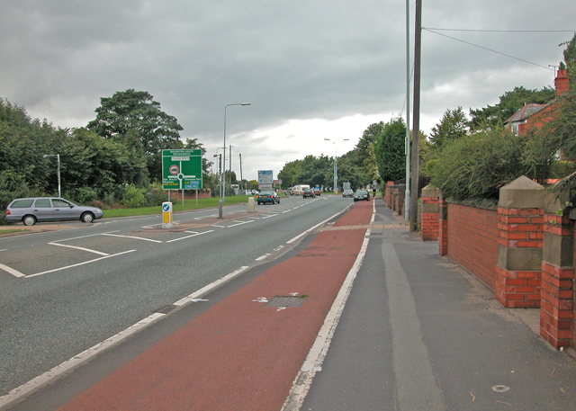 File:Whitchurch Road - Geograph - 1338035.jpg