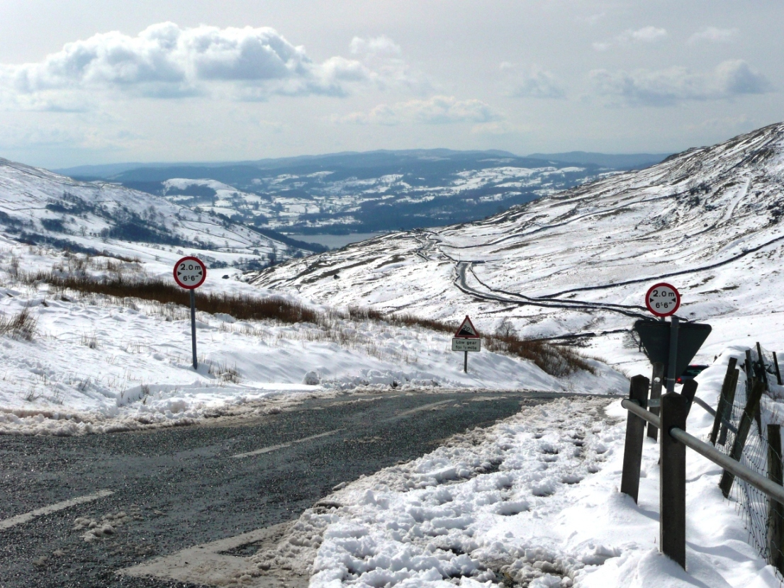 A592 road