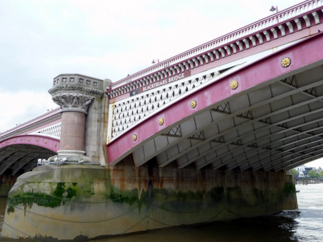 File:Blackfriars Bridge, London - Geograph - 1694727.jpg