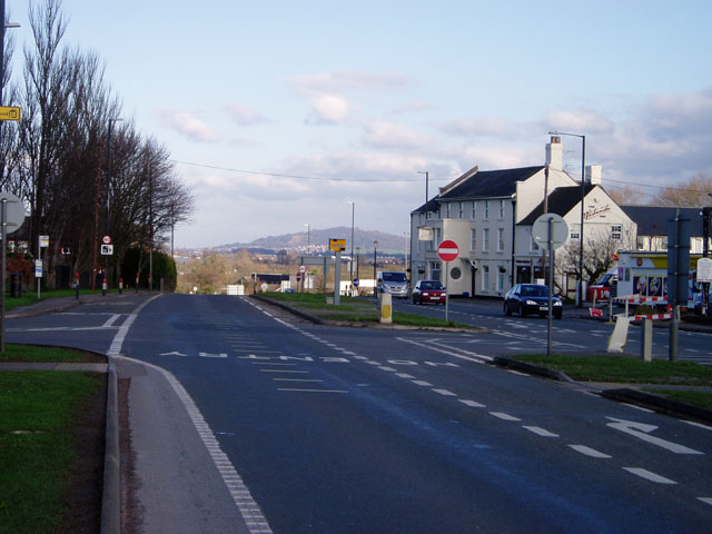 File:Whitminster crossroads on the A38 - Geograph - 319467.jpg