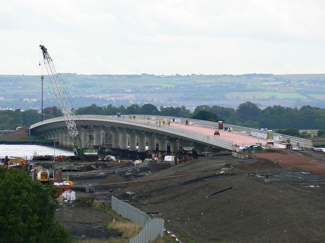 File:Clackmannanshire Bridge Works - Geograph - 1274043.jpg