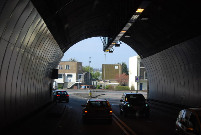 File:In the Cuilfail Tunnel - Geograph - 3497644.jpg