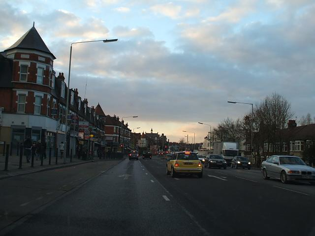 File:A406 bowes road.JPG