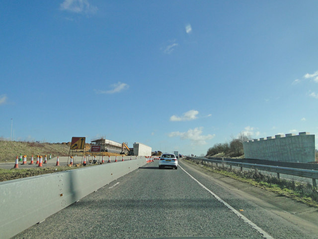 File:Roadworks on the A47 - Geograph - 4363951.jpg