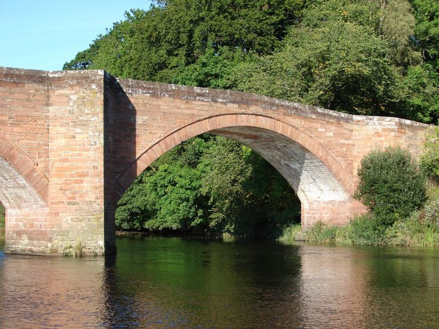 File:Bridge over the River Nith (1) - Geograph - 533019.jpg