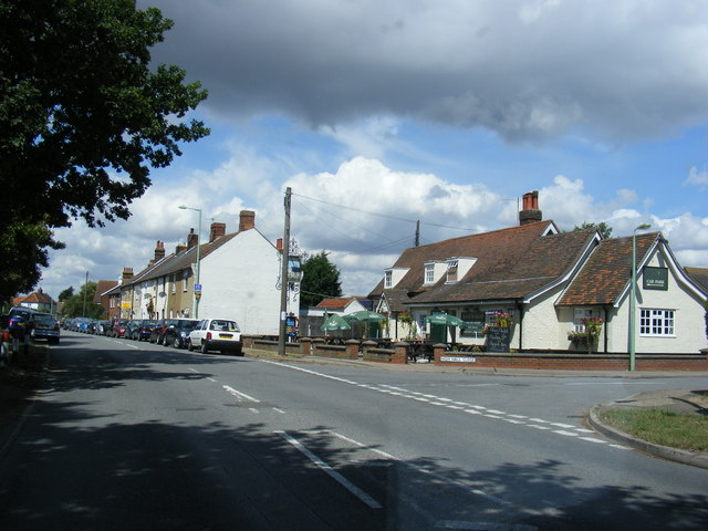 File:High Road, Trimley St.Martin (C) Adrian Cable - Geograph - 3592259.jpg