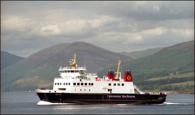 File:Ferry approaching Rothesay - Geograph - 530052.jpg