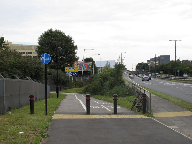 File:Cycle track from A40 under Central Line... (C) David Hawgood - Geograph - 2573421.jpg