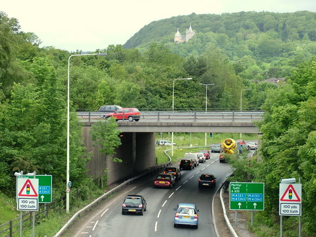 File:M4 Motorway Intersection near Tongwynlais - Geograph - 609448.jpg