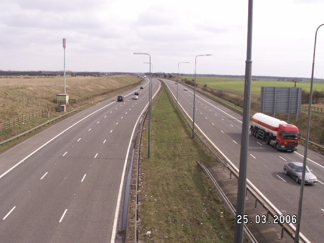 File:M180 east from J1.jpg