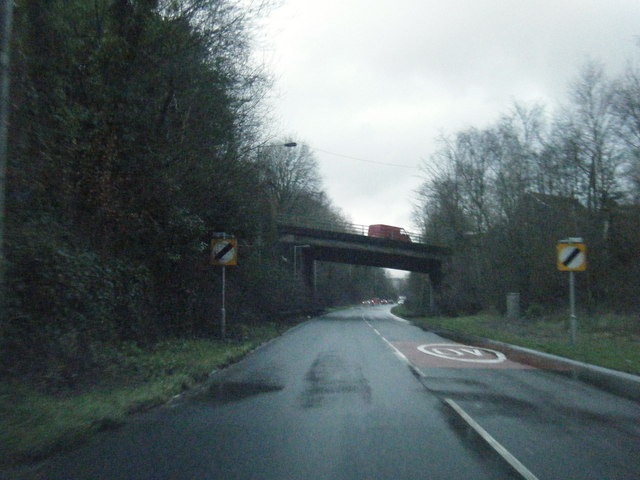 File:A4067 nears Gurnos Road overbridge - Geograph - 3282022.jpg