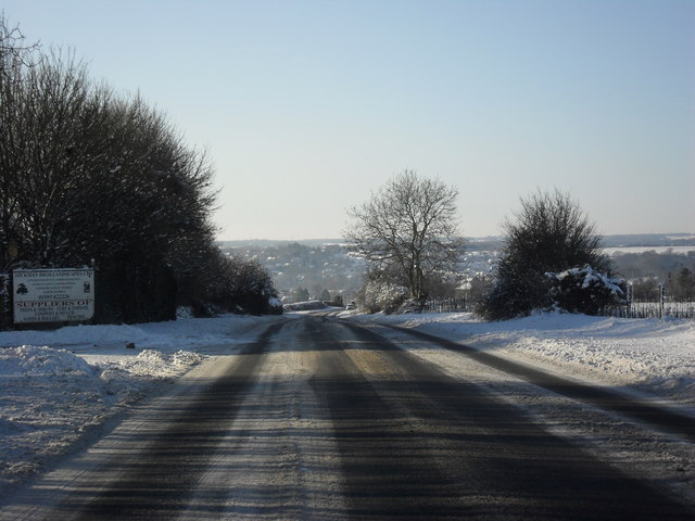 File:The A361 nearing Fulbrook - Geograph - 1650943.jpg
