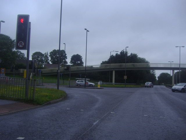 File:Crawley Avenue at the junction with Gossops Drive - Geograph - 3041237.jpg