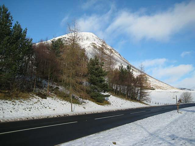 File:Leaving Spittal of Glenshee northwards - Geograph - 1135113.jpg