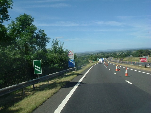 File:The Brough bypass - Geograph - 400322.jpg