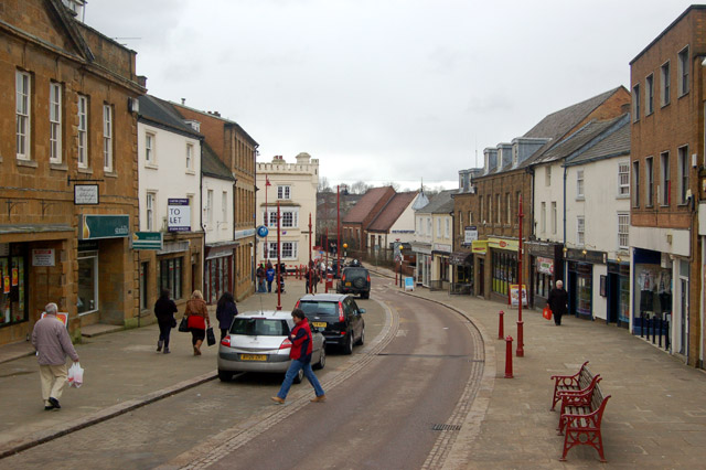 File:Daventry- nearing the bottom of High Street - Geograph - 1729646.jpg