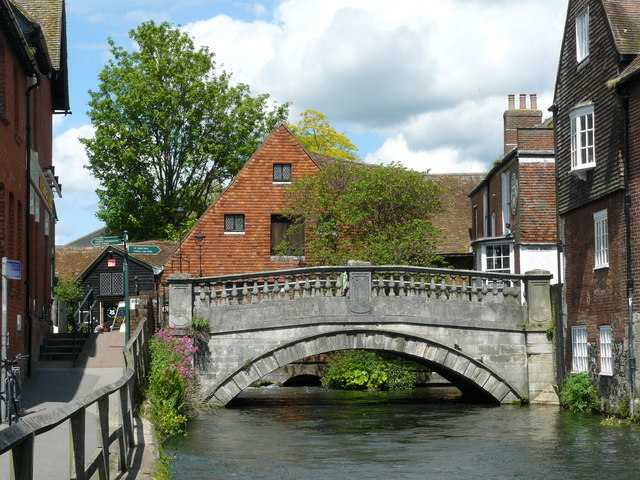File:Bridge Over the River Itchen, Winchester - Geograph - 1314014.jpg