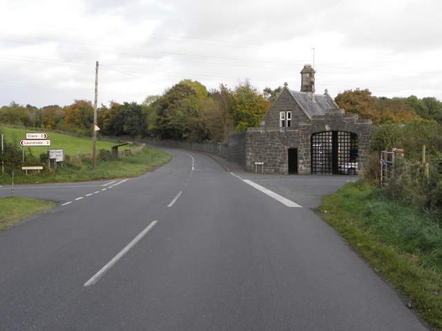 File:Armagh Road Tandragee (C) HENRY CLARK - Geograph - 1530896.jpg
