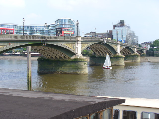 File:Battersea Bridge.jpg