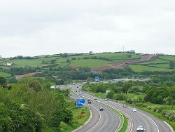 Pipeline descends to the Loughor - Geograph - 177701.jpg