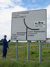 Signpost South Uist C88 - Coppermine - 1679.jpg