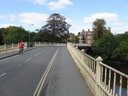 Tenbury Wells - River Teme Bridge - Geograph - 1480209.jpg