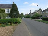 Bridleway from Cottenham Road - Geograph - 4851269.jpg