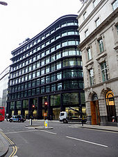 Threadneedle Street, London EC2 - Geograph - 1706594.jpg